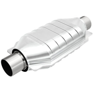 "Magnaflow Muffler (2"" - 3.25"" x 7"" Oval - 12"" Body - 16"" Overall - Center / Center) 14104"