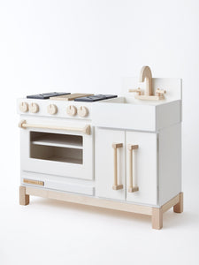 Essential Play Kitchen in Meringue White