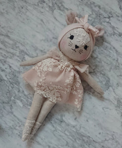 Mouse in Powder Pink Lace Dress