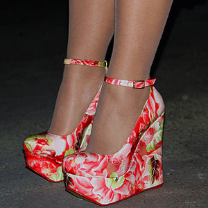 The Frenze- Patent Leather Wedge Heels
