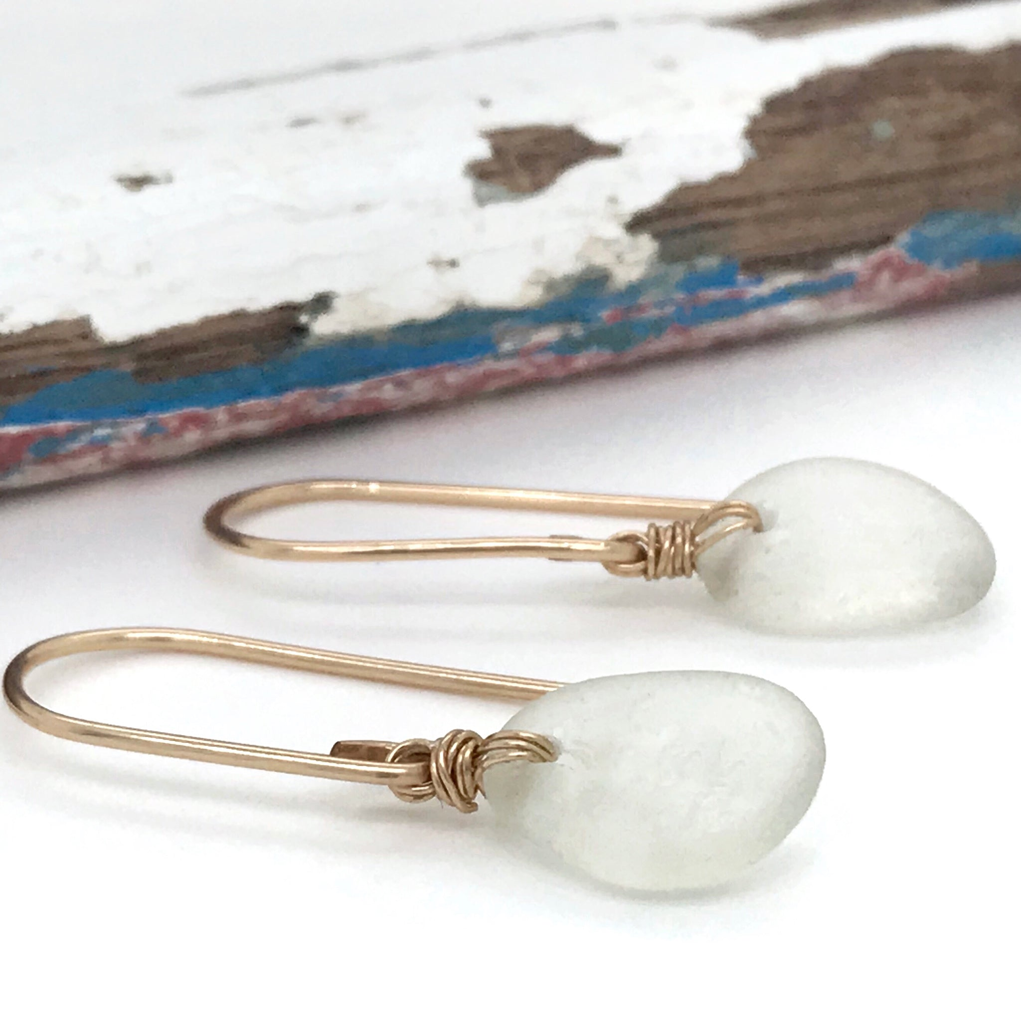 Clear Seaglass Earrings Short – Gold
