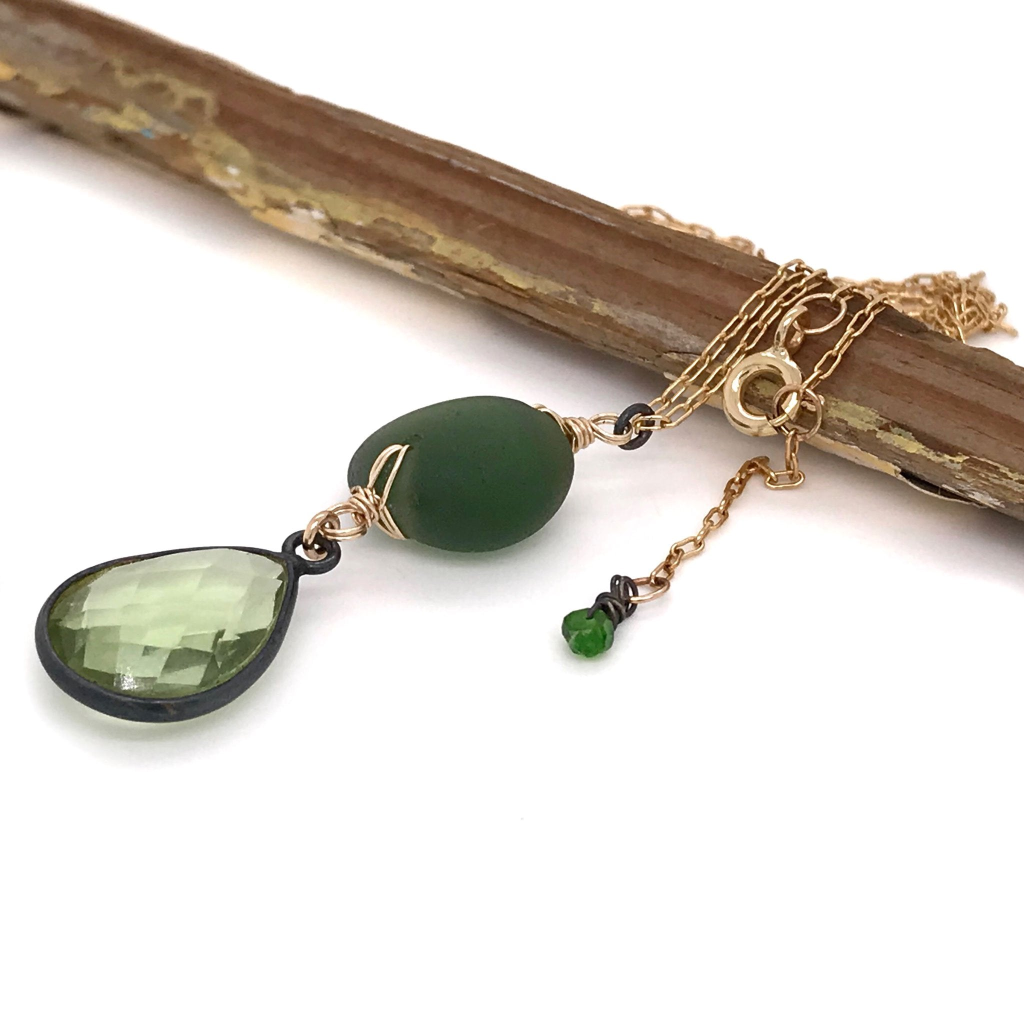 gold necklace with green seaglass and quartz kriket Broadhurst jewelry