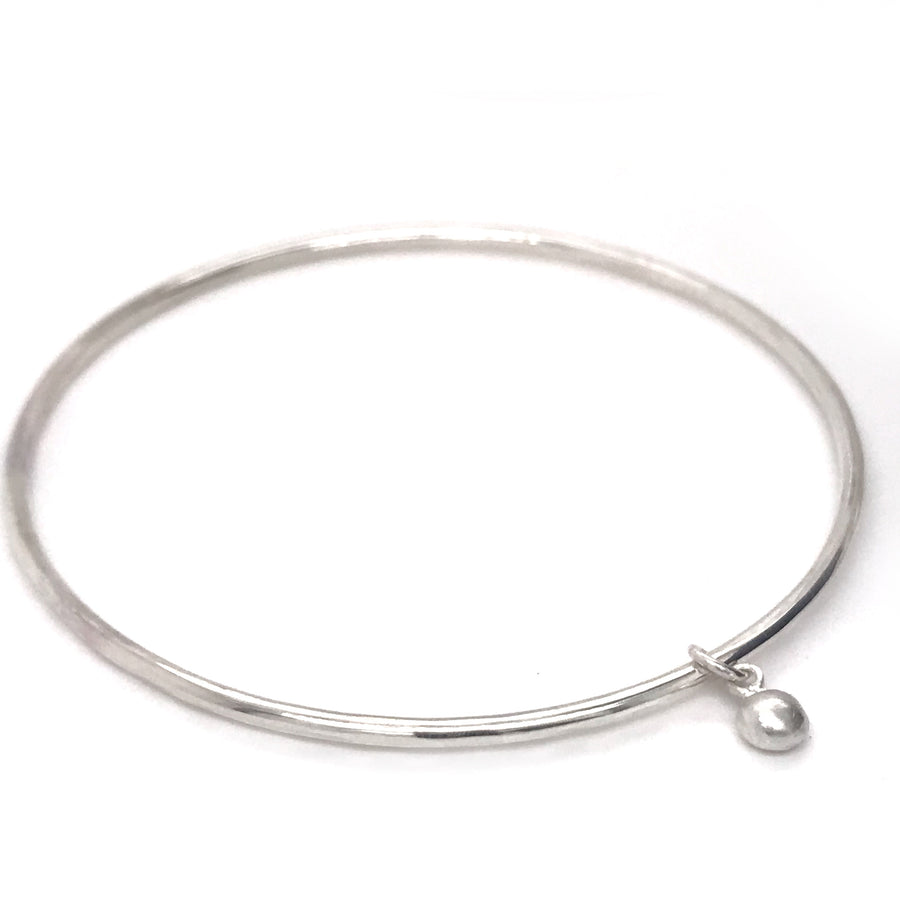 kriket broadhurst silver bangle with pebble charm