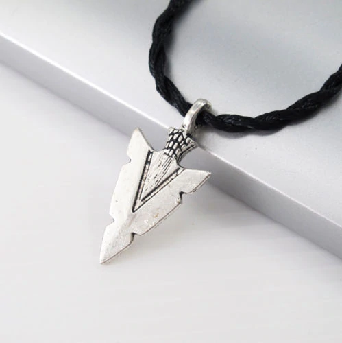 Arrow Head Pendant - Kiwo Shop