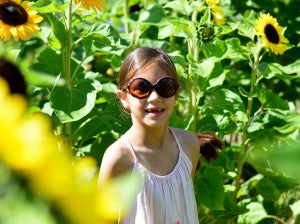 kids-sunglasses-with-UV-protection1