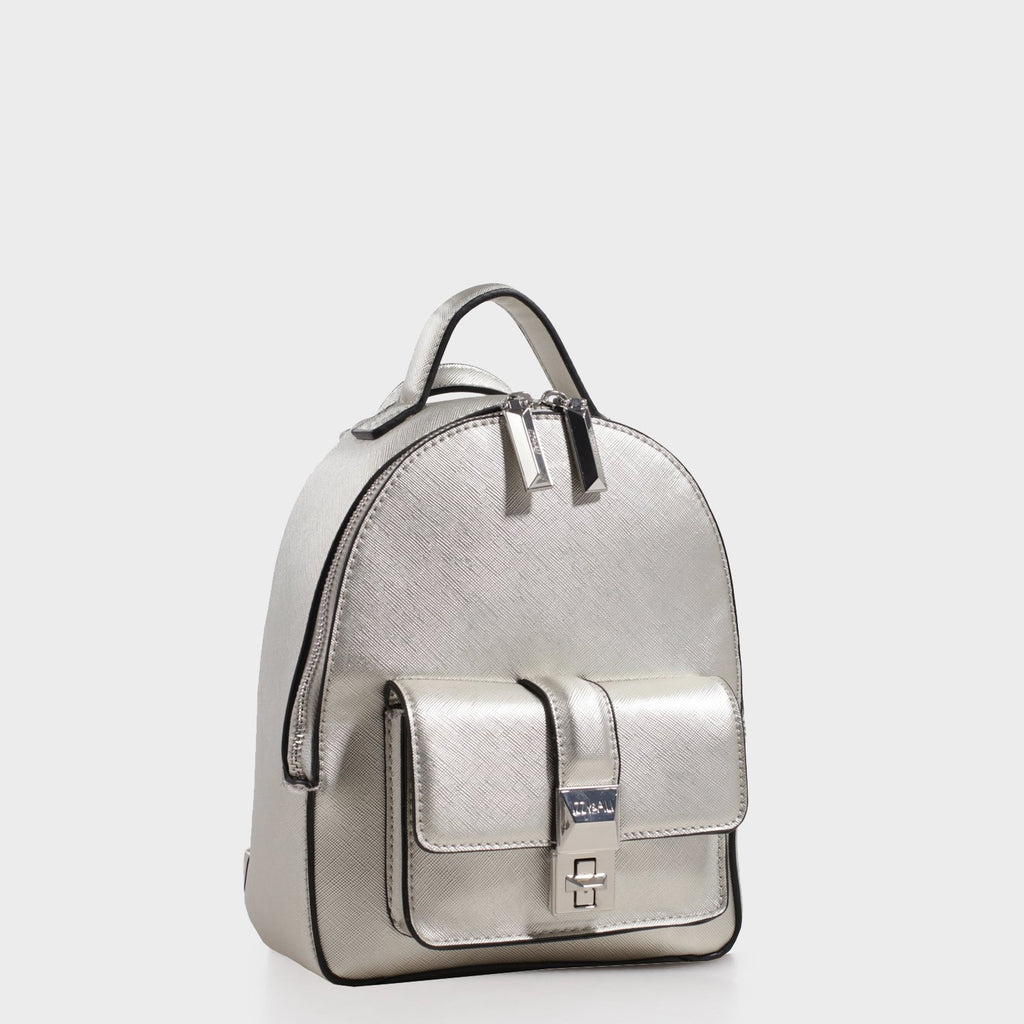 Izzy and Ali Vegan Leather Handbags - Amy Backpack in silver