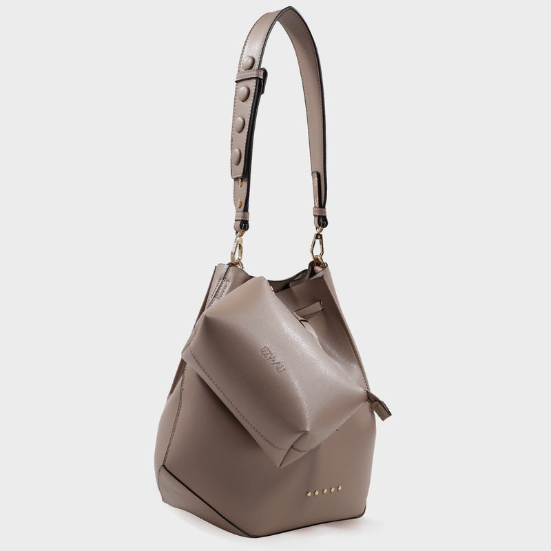 Izzy and Ali Vegan Leather Handbags - Catskill Drawstring in taupe