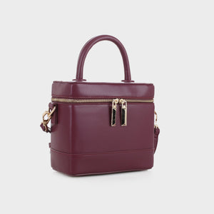 Izzy & Ali | Sorento Crossbody in wine