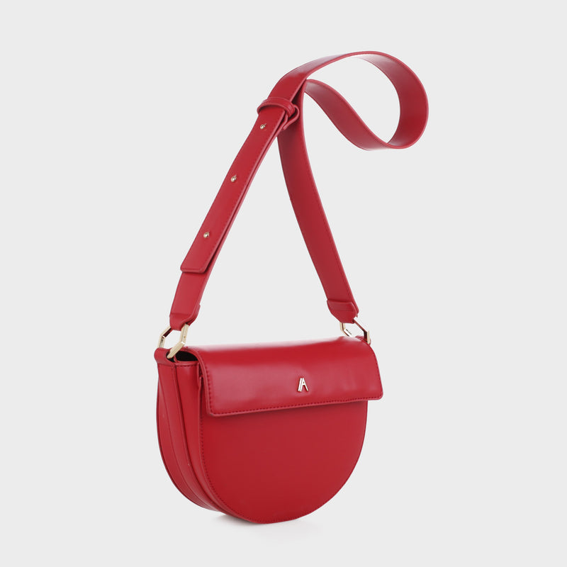 Izzy & Ali | Capri Crossbody in red