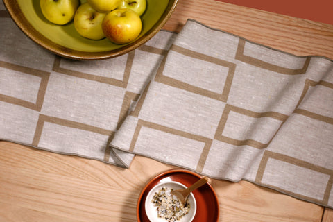 'Windows' Table Runner
