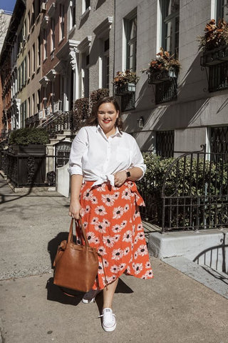 The oversized bag is an NYC must