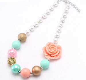 Flower necklace - Mini Boss