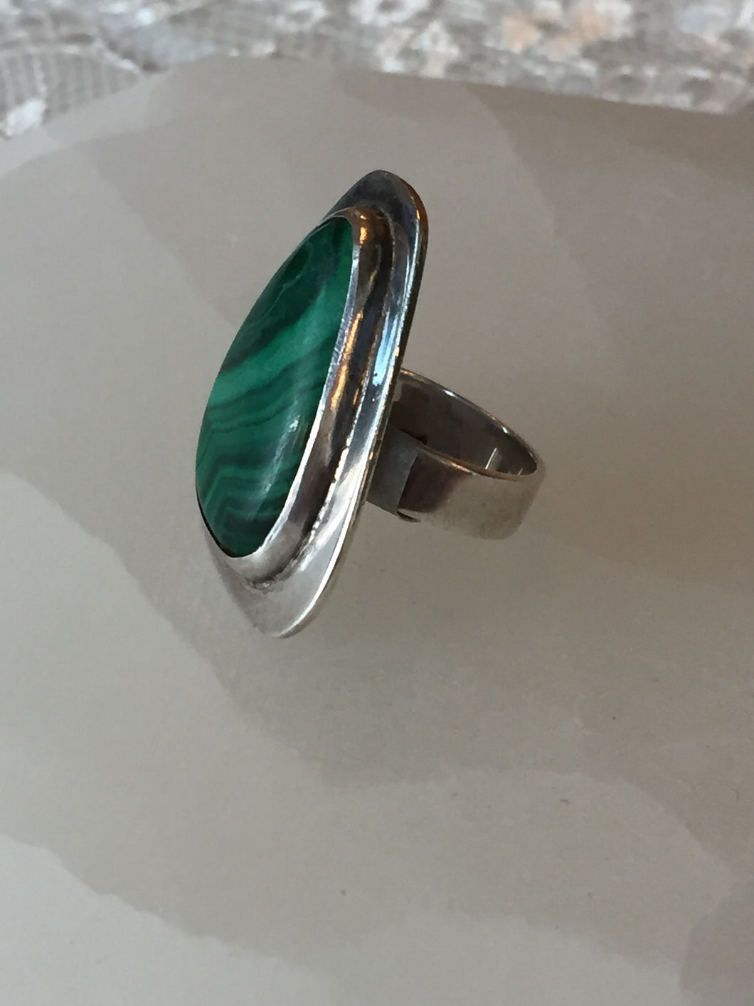 Malachite Vintage Sterling Silver Ring