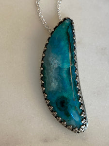 Gem Silica Crescent Moon Necklace
