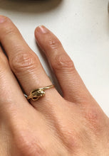 Load image into Gallery viewer, Antique 9k Gold Snake Ring