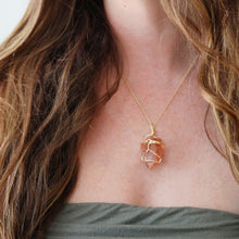 Load image into Gallery viewer, Carnelian Arrowhead Necklace