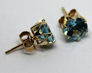 KAEDESIGNS,GENUINE New 9ct YELLOW Gold Claw-set Round CZ BLUE 8mm Stud Earrings