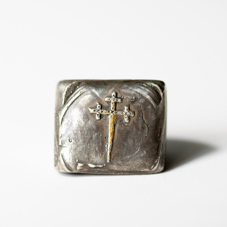 Illuminated Sword of the Righteous With Diamonds Signet Ring - Machinations