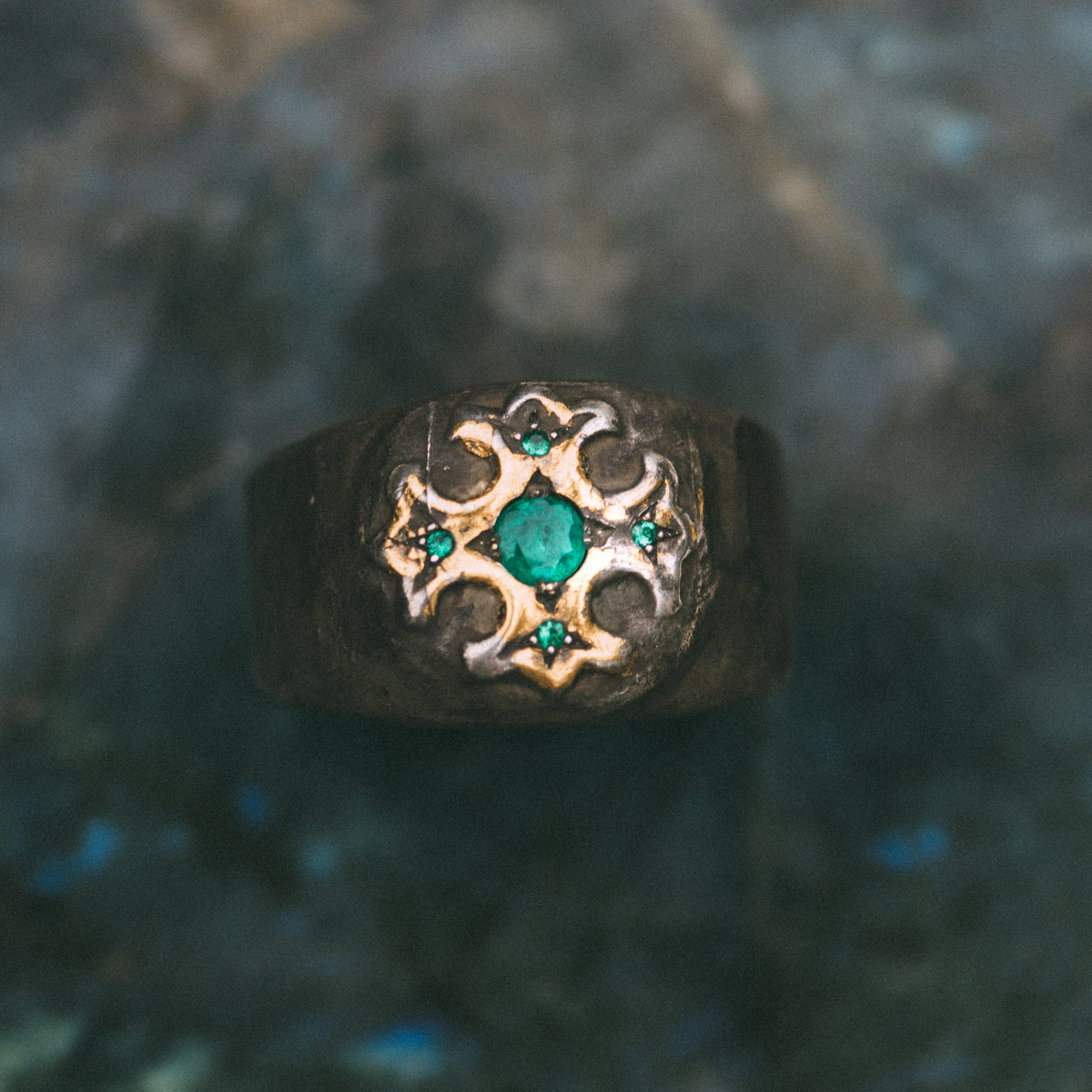 True Cross with accent Emerald