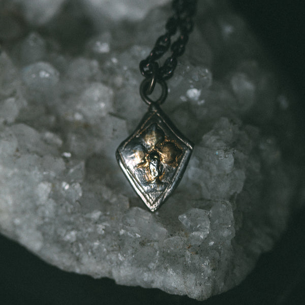 Knight Amulet The Three Leafed Clover Shield and Diamond