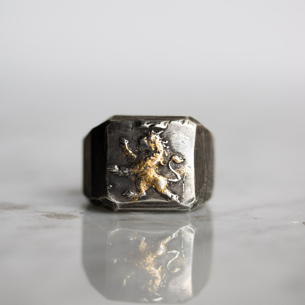 Illuminated Lion Signet Ring