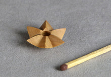 Load image into Gallery viewer, Luc Deroo | World's 2nd Smallest Wood Star