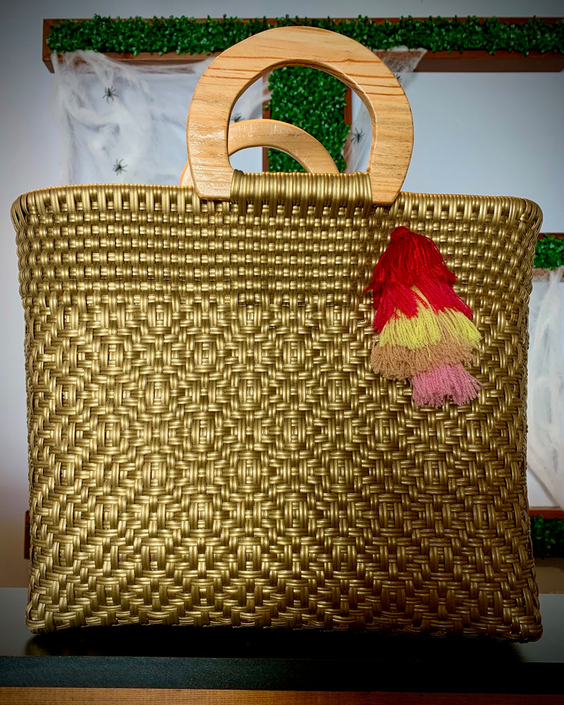 3011 - Golden Woven Purse with Wooden Handles