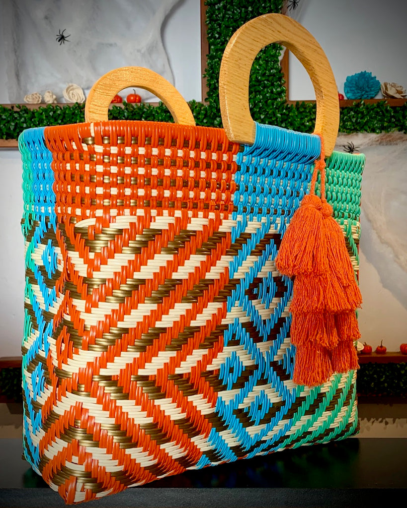 3012 - Multi-Colored Woven Purse with Wooden Handles