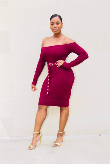 After 5 off shoulder Midi Dress (Plum)