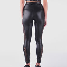 Load image into Gallery viewer, GETMITCHFIT LIQUID LEGGINGS