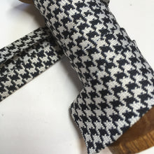 Fancy Couture Textured Bias Binding Dogtooth 20mm