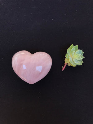 ROSE QUARTZ HEART MEDIUM 1 PC - RETREALM