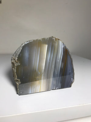 CANDLE HOLDER NATURAL AGATE 8cm x 8.5cm - RETREALM