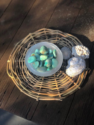 SELINITE TRINKET BOWL STAND | CLEANSE AND CHARGE YOUR CRYSTALS