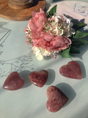STRAWBERRY QUARTZ HEART - RETREALM