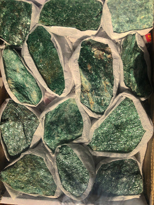 ADVENTURINE FUCHSITE CHUNKS - RETREALM