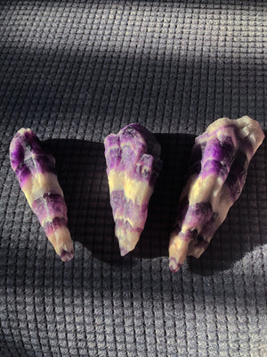 AMETHYST CHEVRON ROUGH POINT