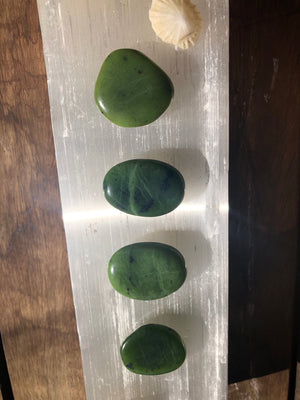 NEPHRITE JADE PALM STONE - RETREALM
