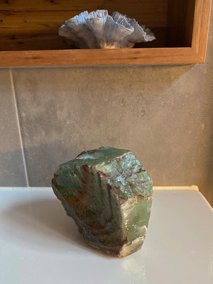 GREEN CALCITE CRYSTAL STONE EXTRA LARGE (1.246kg)