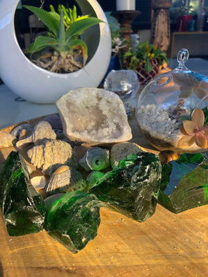 GREEN OBSIDIAN GLASS MED - RETREALM