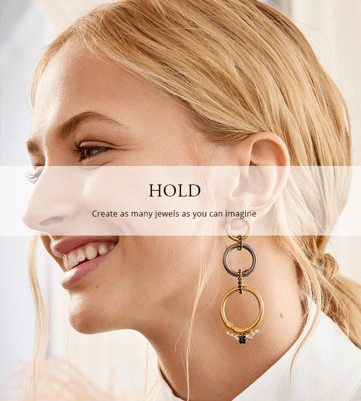 Collections - Hold Earrings