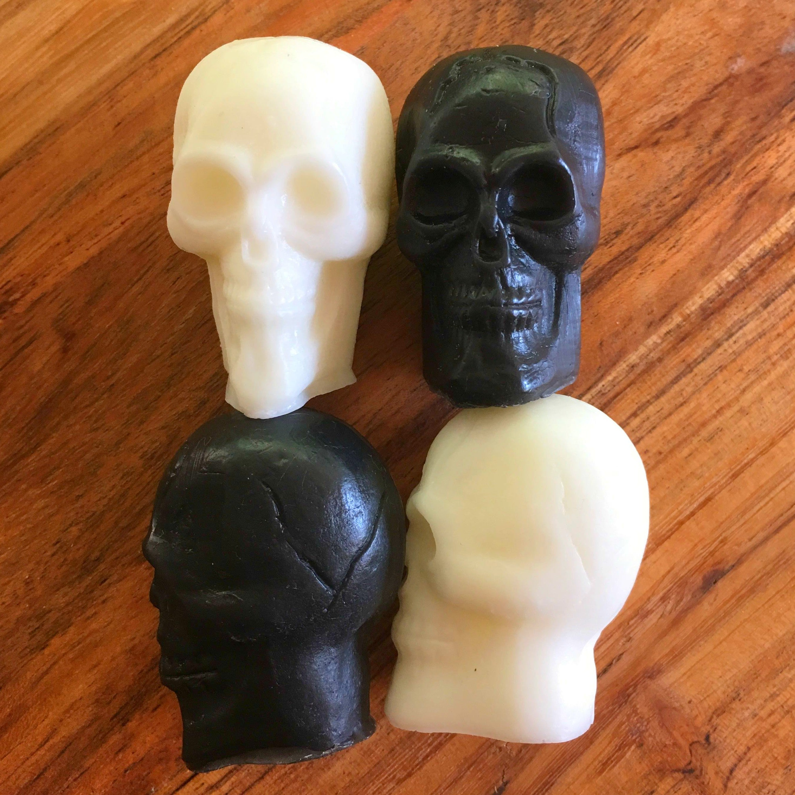Monochrome Skull Soap Set