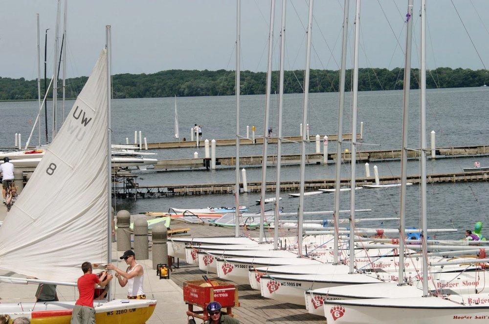 lake mendota boat harbor