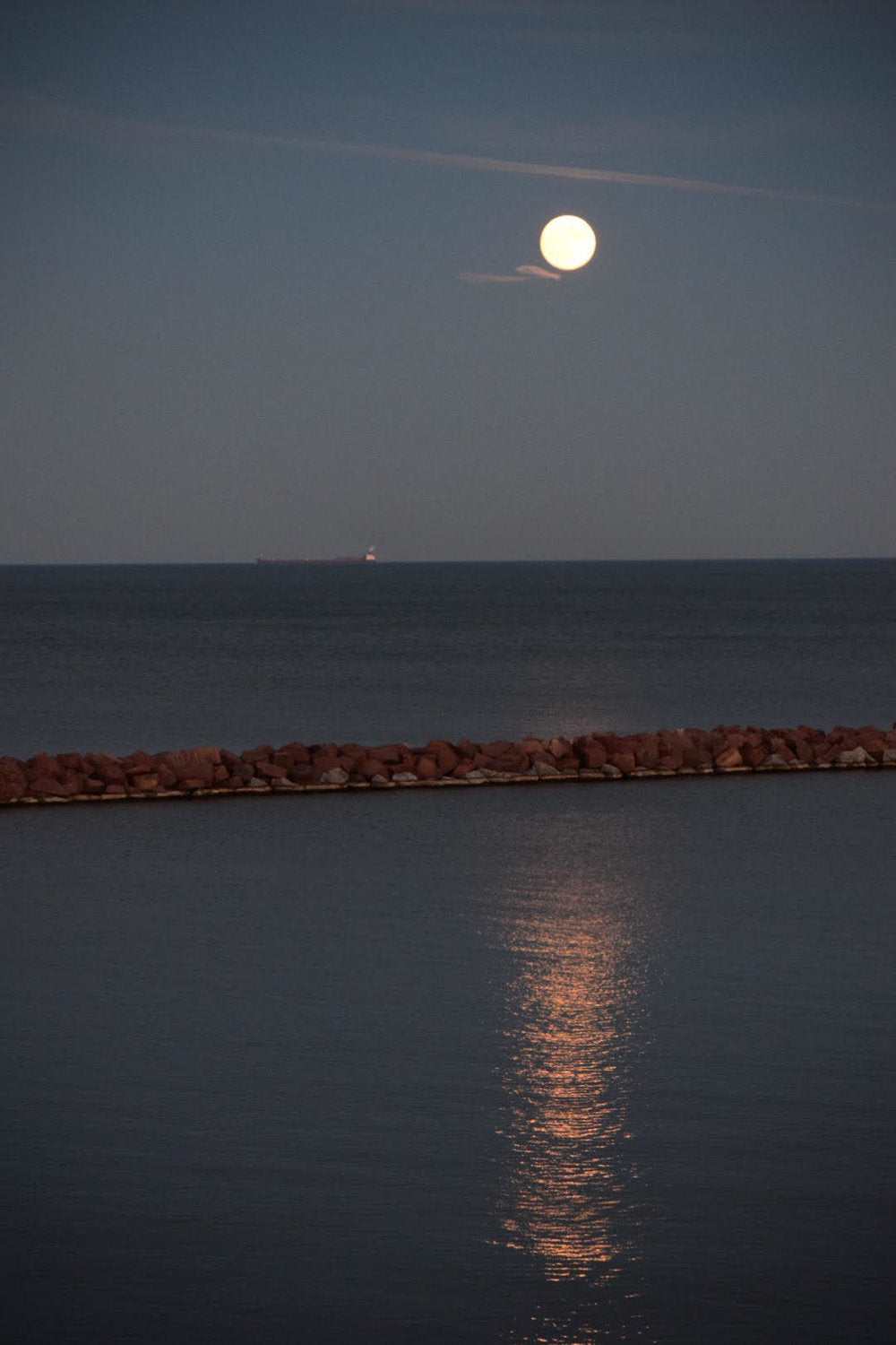 full moon over lake michigan bay view milwaukee