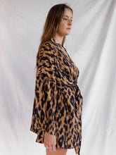Load image into Gallery viewer, LILITH KIMONO - LEOPARD