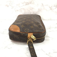 Load image into Gallery viewer, Pochette Clutch Vintage Authentic