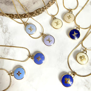 Authentic Louis Vuitton Pendant Flower Pastilles - Boutique SecondLife