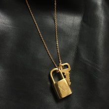 Load image into Gallery viewer, Padlock Necklace with single chain for Him