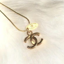 Load image into Gallery viewer, Necklace with Authentic Pendant with Tag