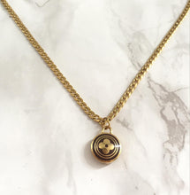 Load image into Gallery viewer, Authentic Louis Vuitton Pendant - Necklace